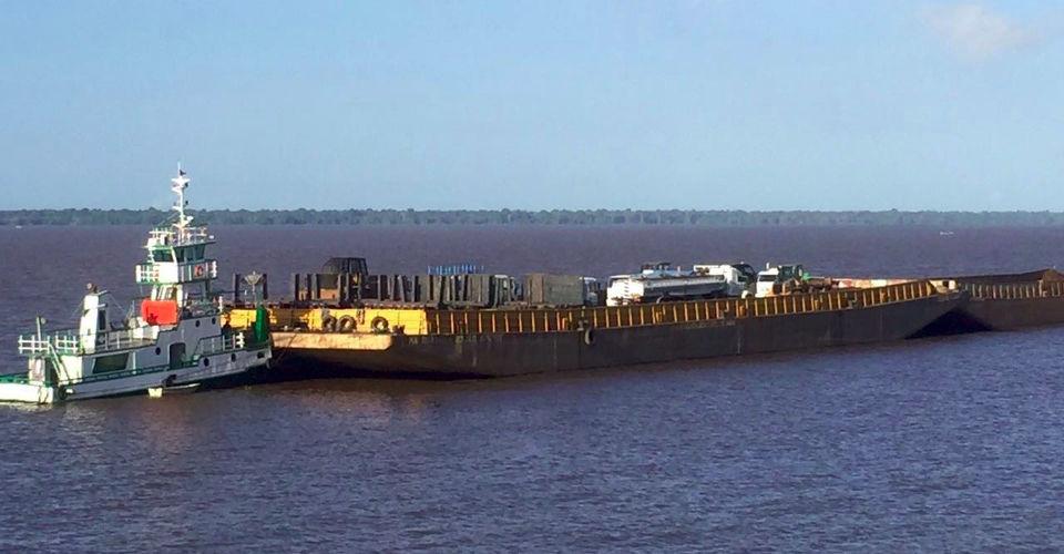 Read more about the article Transporte de Carga em Balsa Manaus x Santarém