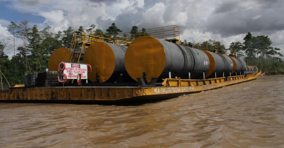 Read more about the article Transporte de Explosivos e Cargas Perigosas